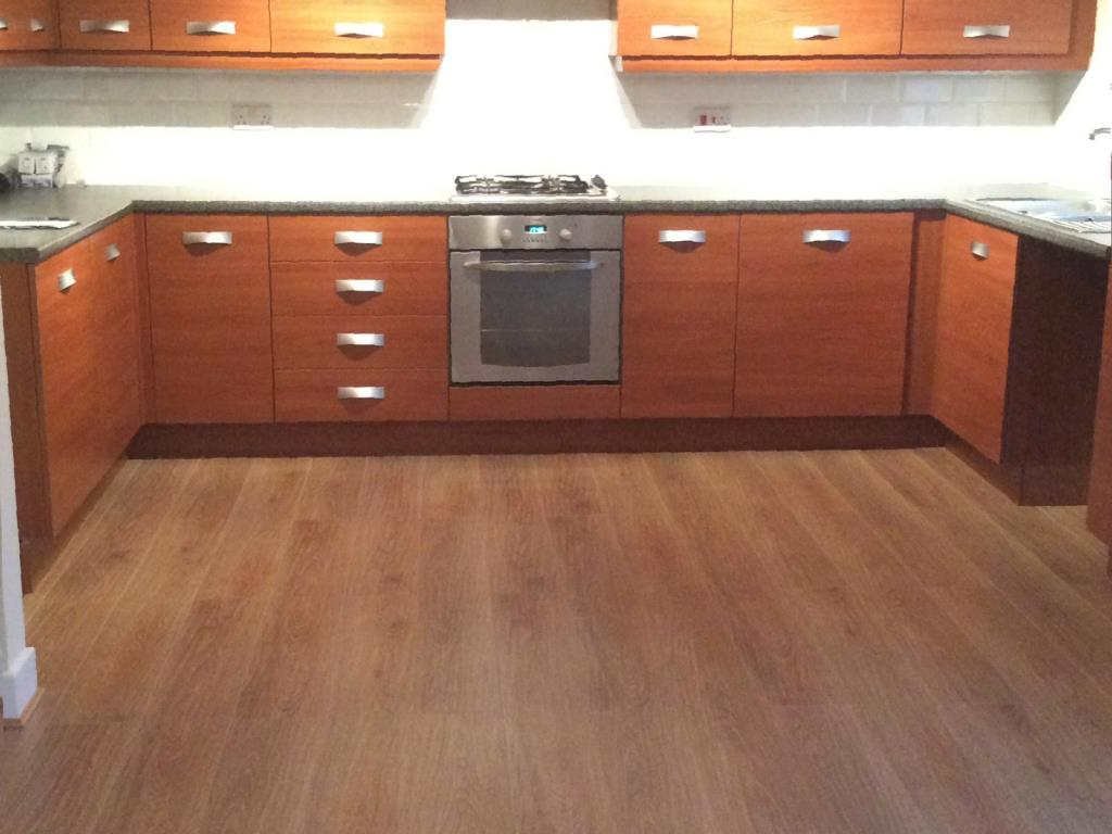 KSW Services Laminate Flooring Fitting Fitters Penwortham